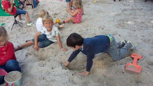 We spelen in de zandbak 20180904_140723.jpg